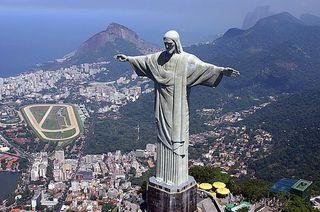 Cristo Redentor - Corcovado by O_MORCEGO,_ave-mamífero...