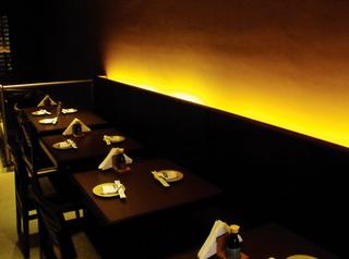 Ydaygorô Sushi Bar by Thomas Cavalcanti Coelho