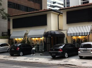Lena Boutique by Rafael Siqueira