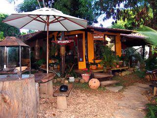 Bambu Brasil Pousada by Giovanna