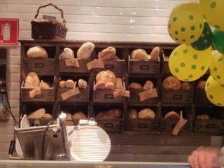 Santo Pão Boulangerie by Camila Natalo