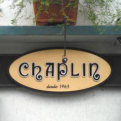 Chaplin Pizzaria e Restaurante by Camila Natalo