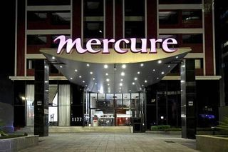 Mercure Curitiba Batel by Booking