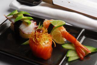 Sassá Sushi - Jardins by Luana Ming