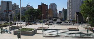 Praça Roosevelt by Vania Januario