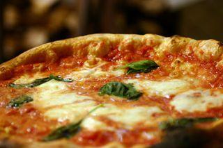 Pizzaria Napolitana by Thomas Cavalcanti Coelho