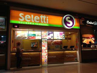Seletti - Shopping Vila Olímpia by Camila Natalo