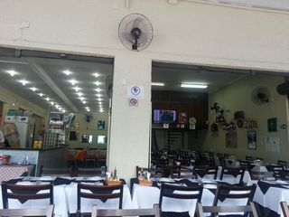 Quintas de Moema Restaurante Ltda by Karina Brandao