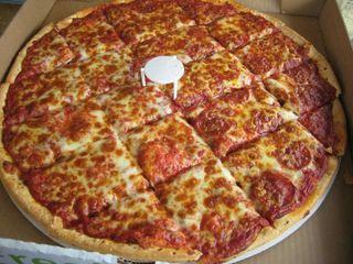 Pizzalôca by Thomas Cavalcanti Coelho