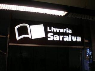 Livraria Saraiva by Rafael