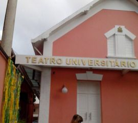 Teatro Universitário Cláudio Barradas by Danilo José Rocha