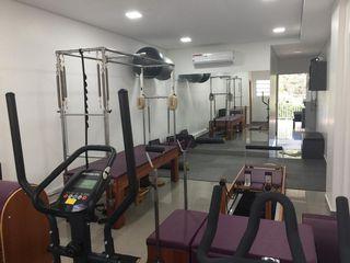 Acupuntura Fisioterapia e Pilates by Vanessa Campos Damasceno