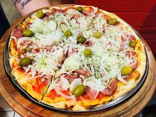 Pizzaria Notorium by Vandson Morais De Oliveira