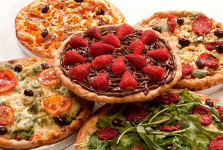 Pizzaria Sporcaccione by Thomas Cavalcanti Coelho