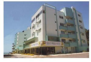 Solis Praia Hotel by Glenford J. Myers 7