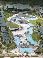 Beach Class Resort Muro Alto by Booking