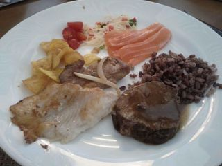 Restaurante Santa Hora by Paula Donegan