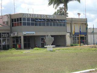 Aeroporto de Juazeiro do Norte by Patrícia Rosenthal Pereira Lima