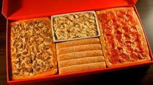 Pizza Hut by Maria Cristina Trigo De Oliveira Sá