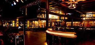 John Bull Pub by Ana Victorazzi