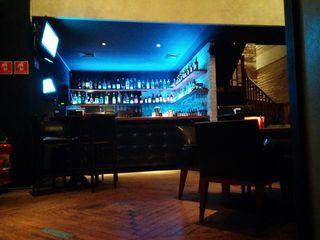 Noh Bar e Restaurante by Rafael Siqueira