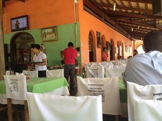 Restaurante Fazendinha Porteira Velha