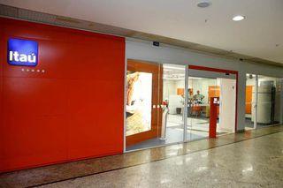 Banco Itau by Andressa Muniz Da Silva