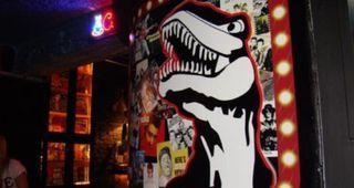 Dinossauros Rock Bar by Apontador