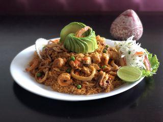 Lhamas Restaurante by Paulo De Brito Goi