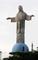 Estátua do Cristo Redentor - Itaperuna by Thalita Rodrigues