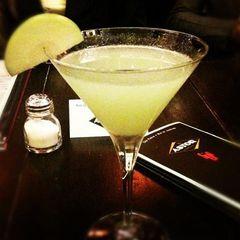 Bar Astor by Thalita Rodrigues