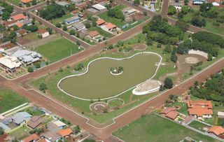 Lagoa Municipal by Enio Jorge Job