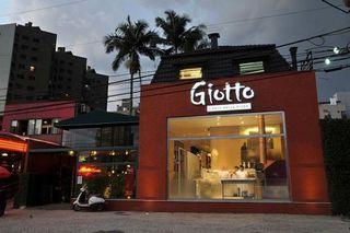 Giotto Pizzaria by Nicole Patrício