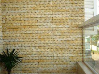 Pedras Decorativas Treviso by Gizelle Besen