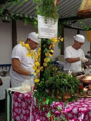 Mercado Municipal de Pinheiros by Paula Donegan