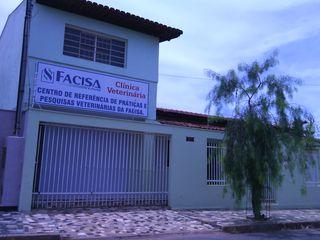 Clínica Veterinária Facisa/Aupaa by Vanbeijos .
