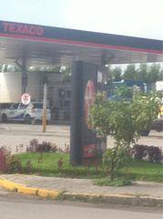 Posto de Combustvel Br 101 Texaco by Alexandre Santos Leal