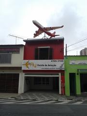 To Fly Escola de Aviação by Douglas