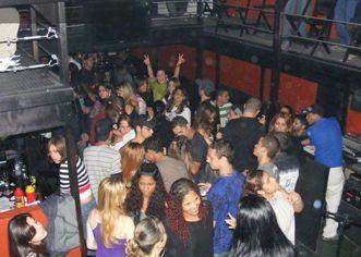 Foto de  Caneca Cheia Bar e Karaokê enviada por Luiz Fernando B. Malavolta em 22/09/2010