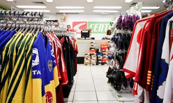 Foto de  Centauro - Shopping Iguatemi enviada por Caroline Monteiro em 04/07/2014