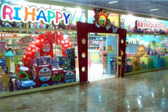 Foto de  Loja Ri Happy Brinquedos  - Madureira Shopping enviada por Apontador em