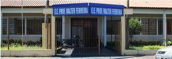 Foto de  Associacao de Pais e Mestres E.E. Prof. Walter Ferreira - Vl Tibério enviada por Leandro Mengatto em