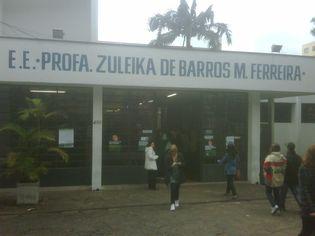 Foto de  E e Professora Zuleika de Barros Martins Ferreira - Vl Pompeia enviada por Leonardo Andreucci em