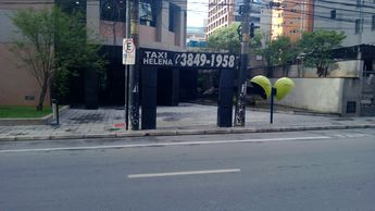 Foto de  Ponto de Táxi Helena enviada por Tiago Pitteri em