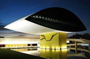 Foto de  Museu Oscar Niemeyer enviada por Felipe Utrabo em 05/02/2014