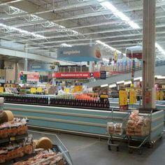 Foto de  Walmart-Hiper Bom Preço - Hiper Bompreço Bonocô-Cosme de Farias enviada por Suzi Oliveira em 12/08/2014