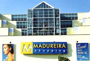 Foto de  Madureira Shopping enviada por Santinho Santiago em
