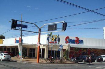 Foto de  Super Bom Supermercados enviada por Rodrigo Reis em 21/12/2011
