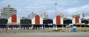 Foto de  Calçadão Praia Shopping enviada por Ana Victorazzi em
