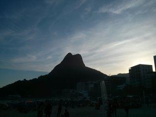 Foto de  Praia do Leblon enviada por Camila Natalo em 22/04/2014